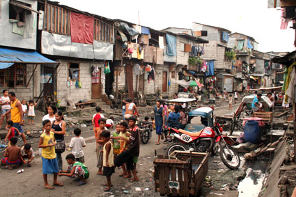 Poverty in Manila
